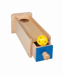 Object permanence box with drawer_Nienhuis Montessori
