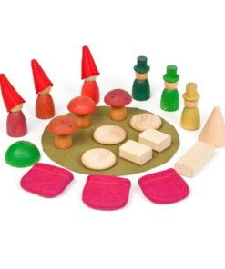 Handmade sustainable wooden toy Nins® of the forest – Grapat
