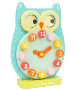 The Le Toy Van blink owl clock from the Petilou collection has a numbered design which encourages number recognition and counting practice for young children. The colourful design also helps develop colour recognition and stimulates imagination. Its sensory layers of colours, sounds, textures and discovery foster curiosity and encourage early learning through play.