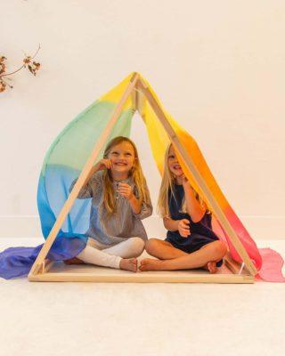 Giant playsilk: rainbow 90 x 275 cm - Sarah's Silks