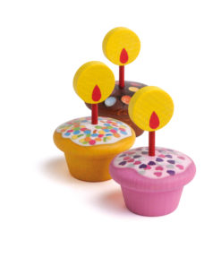 Wooden play food birthday muffins - Erzi