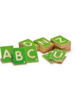 Lettres majuscules tactiles en bois - Erzi
