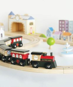 Royal Express sustainable wooden train set – Le Toy Van