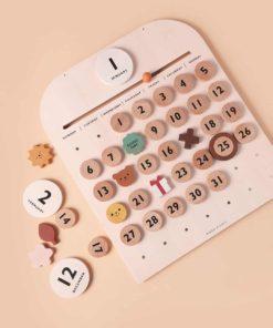 My wooden calendar : Perpetual calendar for children - Moon Picnic