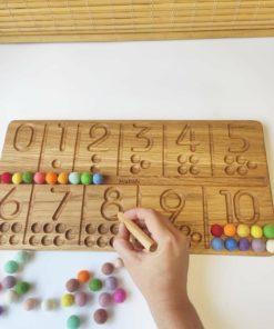 Jouet d'apprentissage fait main inspiré de Montessori Planche à tracer les chiffres en bois - Threewood