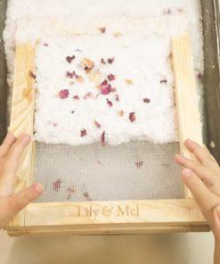 Make recycled paper plastic-free DIY craft kit - Lily & Mel