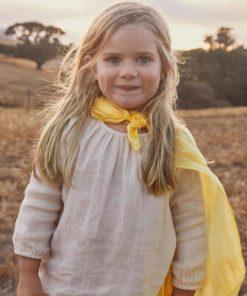 Playsilk: yellow 90 x 90 cm – Sarah's Silks